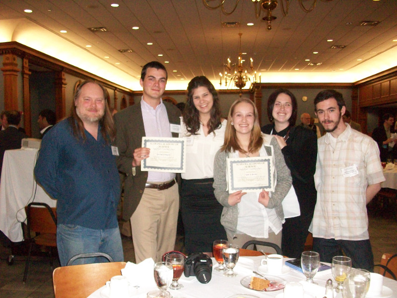 Students win at AAS meeting 2013